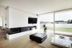 panorámica de estancia con ventanales
