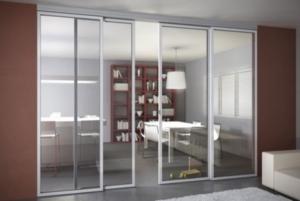 ventna de aluminio interior separando dos espacios